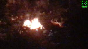 Pożar auta na Bemowie. Dwa pojazdy nadpalone