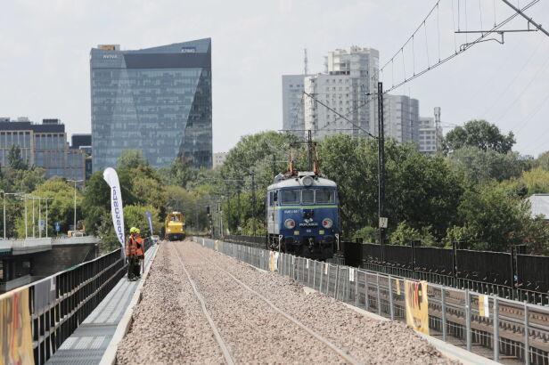 Kończą się prace na moście Gdańskim Wojciech Olkuśnik / PAP