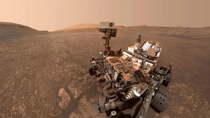 Marsjańska glina i chmury. <br />Nowe obserwacje łazika Curiosity