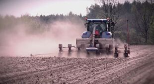 Rolnicy zmagają się z suszą - zapowiedź materiału